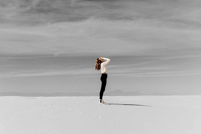 girl alone on the beach adrienne-kirk-pregnancy-bereavement-help